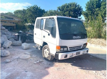 2003 ISUZU CAB-CHASSIS CAB & CHASSIS TRUCK