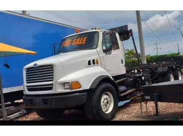 1997 FORD LT8513 ROLL-OFF TRUCK
